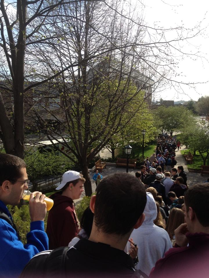 The line outside of Conte Forum on April 30.  Photo by Jing Xu/Gavel Media