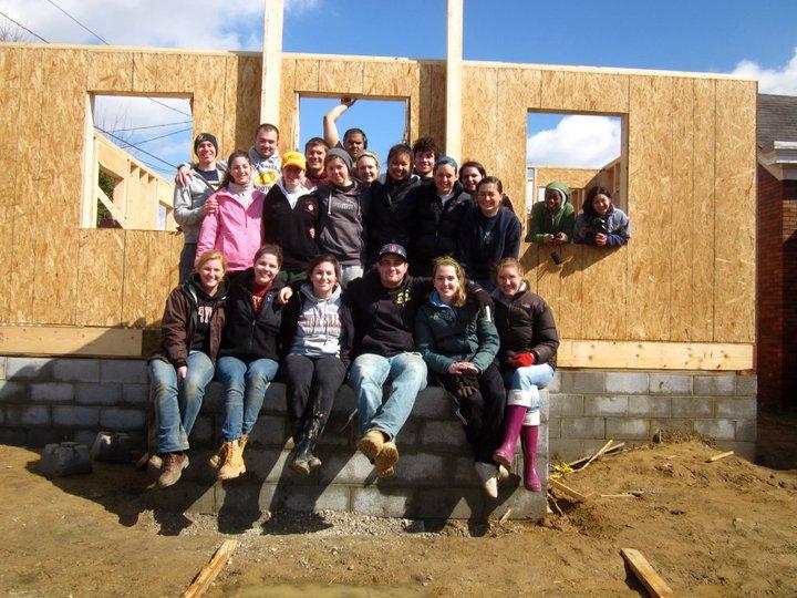 Appalachia Volunteers of Boston College / Facebook