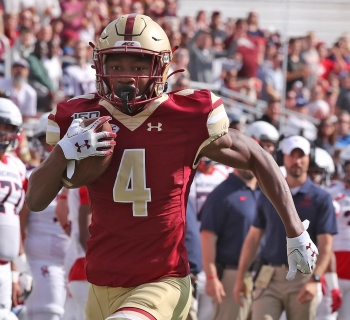 Number 4 Zay Flowers running with the football at the Boston College vs Kansas Game